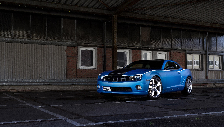 Schwabenfolia Chevrolet Camaro SS Anodized Blue Matt