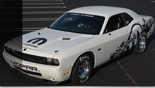 2011 Mopar Dodge Challenger V10 Drag Pak sets record in NHRA AA/SA ET - Muscle Cars Blog