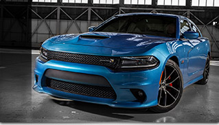 2015 Dodge Charger R-T Scat Pack Front Angle