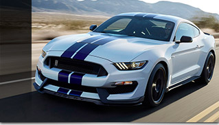 2016 Ford Mustang Shelby GT350 Front Angle