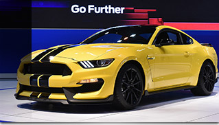 2015 Ford Mustang Shelby GT350 Front Angle