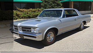 1964 Pontiac GTO 389 CI 4-Speed Front Angle