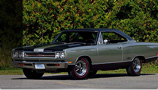 1969 Plymouth GTX 440-375hp Front Angle