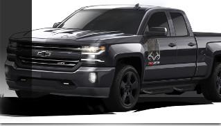 2016 Chevrolet Silverado Realtree Edition Front Angle