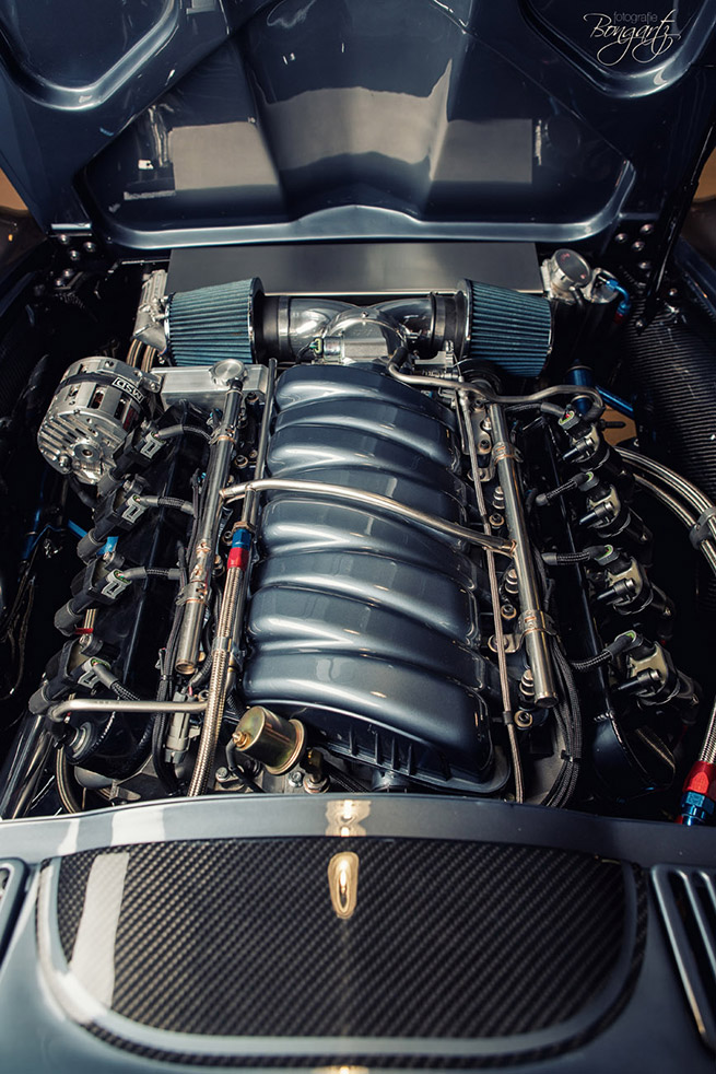 Wheelsandmore 1965 Chevrolet Corvette C2 Engine