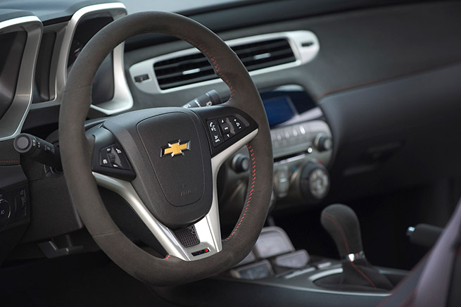 2015 Chevrolet Camaro ZL1 Convertible Interior