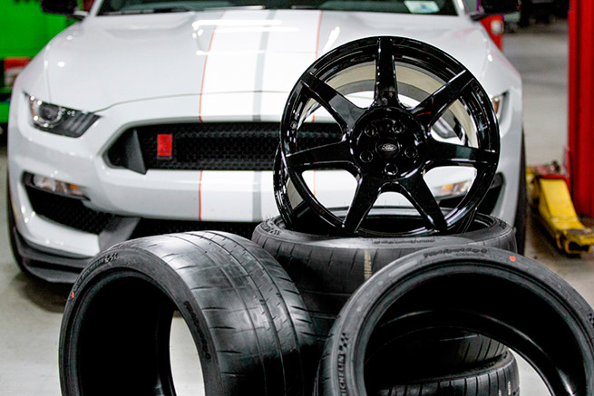 Shelby GT350R carbon fiber wheel